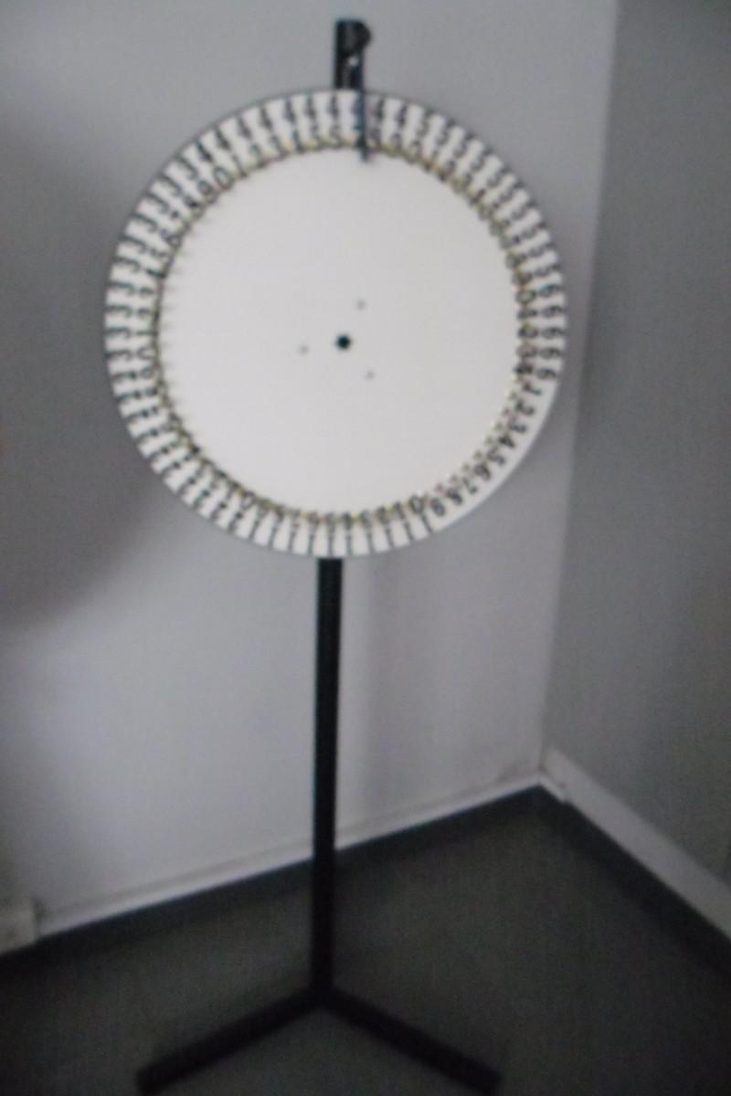 spinning wheel-