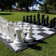 Giant-Chess-6-180x180